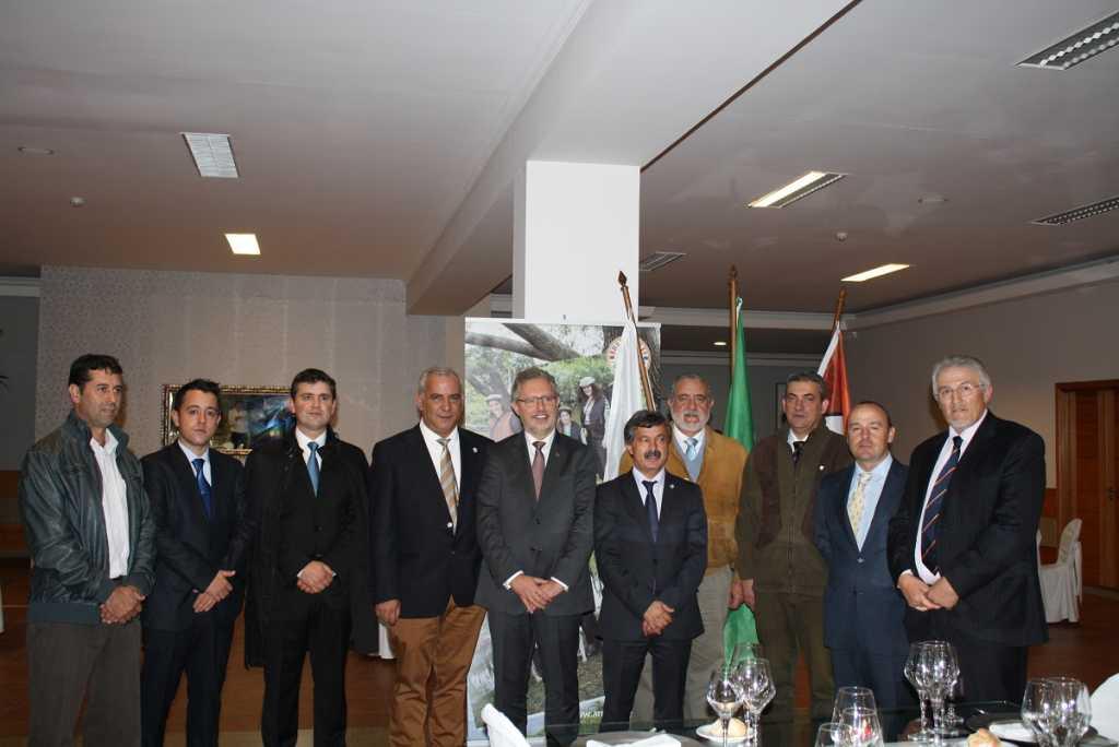 Representantes de las entidades firmantes del acuerdo