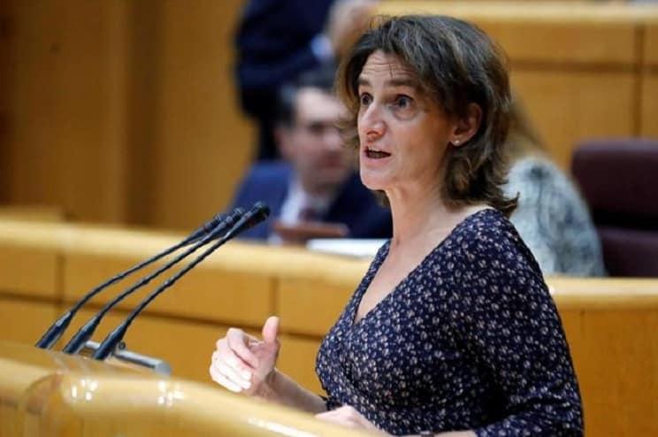 Ribera se reafirma en el Senado: «Prohibiría la caza y los toros»