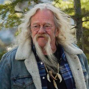 Muere Billy Brown, cazador y estrella protagonista de la serie 'Mi familia vive en Alaska'