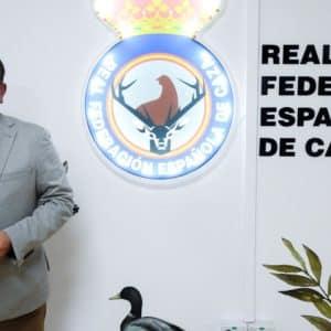 Manuel Gallardo, presidente de la RFEC: «Vamos a plantar cara al animalismo y a mostrar la dimensión real de la caza»