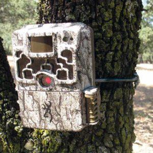 Fabrica un cable de seguridad casero para proteger tu cámara de fototrampeo
