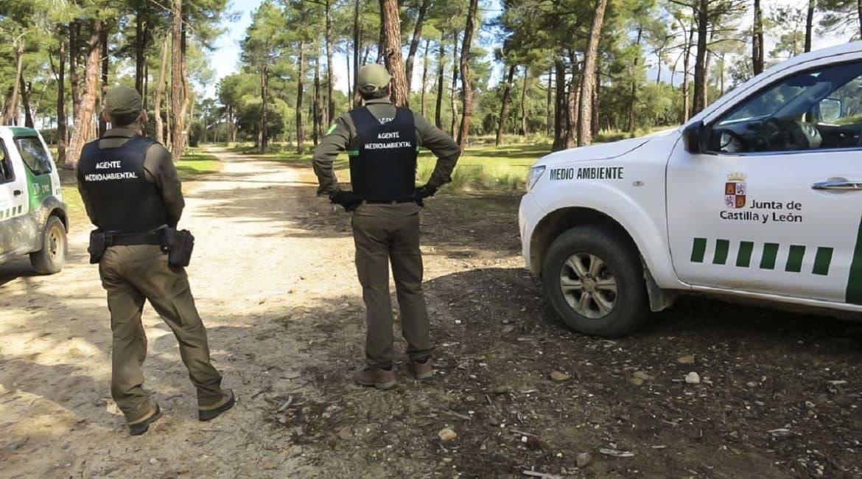 Los agentes medioambientales de CyL denuncian que la Junta no está vacunándolos frente al Covid19