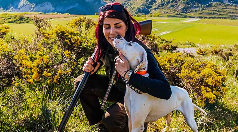 Parlamentarios europeos desmontan la mentira animalista de los perros de caza