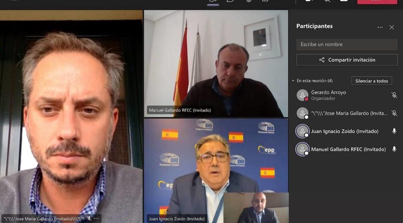 La RFEC se reúne con Zoido para abordar la situación de la tórtola y el silvestrismo en Europa