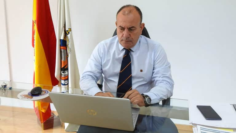 Manuel Gallardo, durante una reunión telemática con FACE. © RFEC