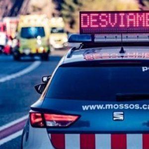 En estado grave un motorista tras chocar con un jabalí en Girona
