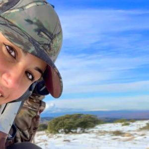 Claudia, la joven veterinaria que se asomó a la caza y se enamoró