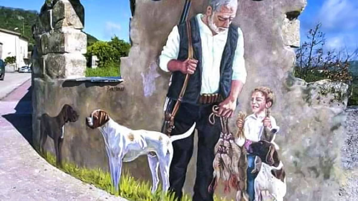 Este mural de un viejo cazador rinde homenaje al mundo rural y sus raíces