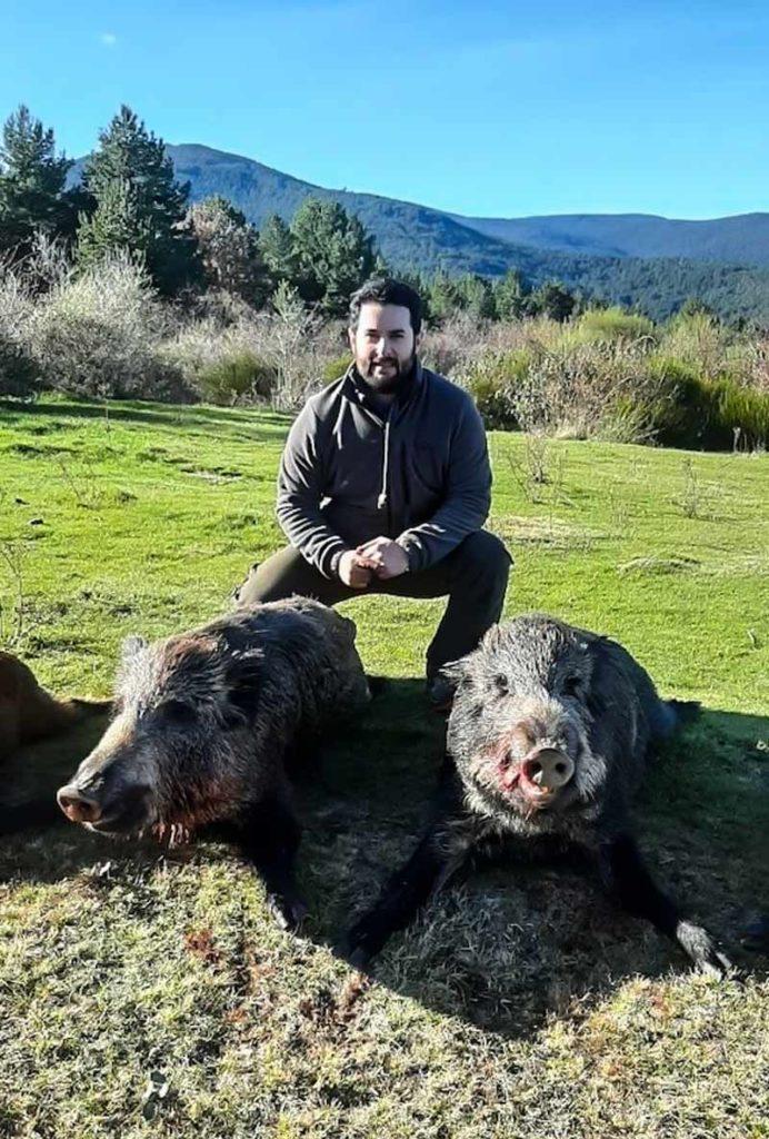 Gregorio, en una jornada de caza de jabalí.