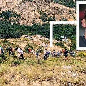 Iker Castillas se suma a los vecinos de Navalacruz para luchar contra el incendio de Ávila