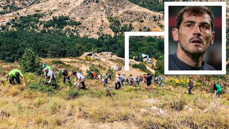 Iker Casillas se ha unido a los vecinos de su pueblo para limpiar el monte y evitar que las llamas puedan alcanzarlo.