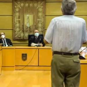 El anciano acusado de matar a un presunto ladrón que se coló en su casa, ante el juez: «Tenía que defender mi vida»