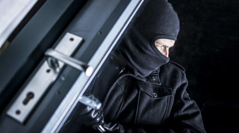 VOX propone reformar el Código Penal para que defender tu domicilio de un asaltante no sea delito