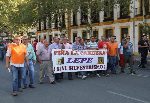 Silvestristas onubenses durante la manifestación del 27-S en Sevilla. / fac.es