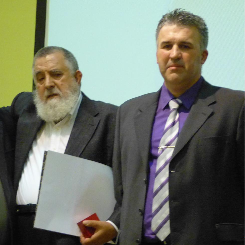 Miguel Ángel Romero, a la izquierda, junto a Manuel Martínez, organizador de las jornadas.