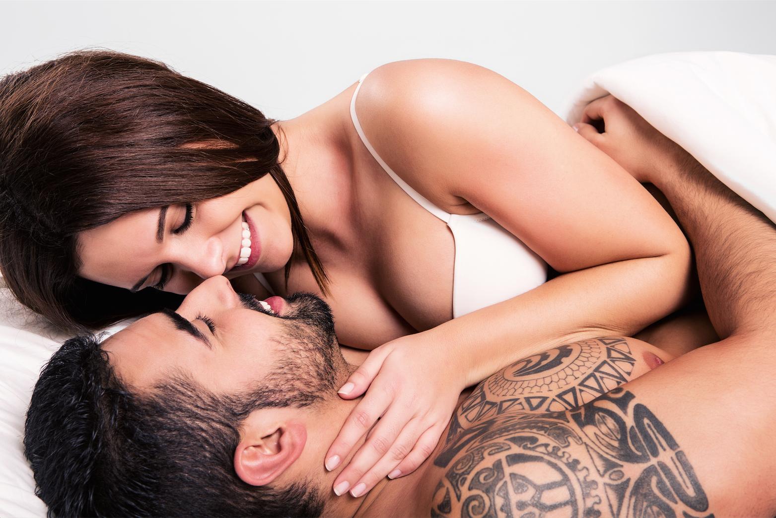 Un estudio afirma que la 'hormona del amor' de los hombres se dispara después de cazar