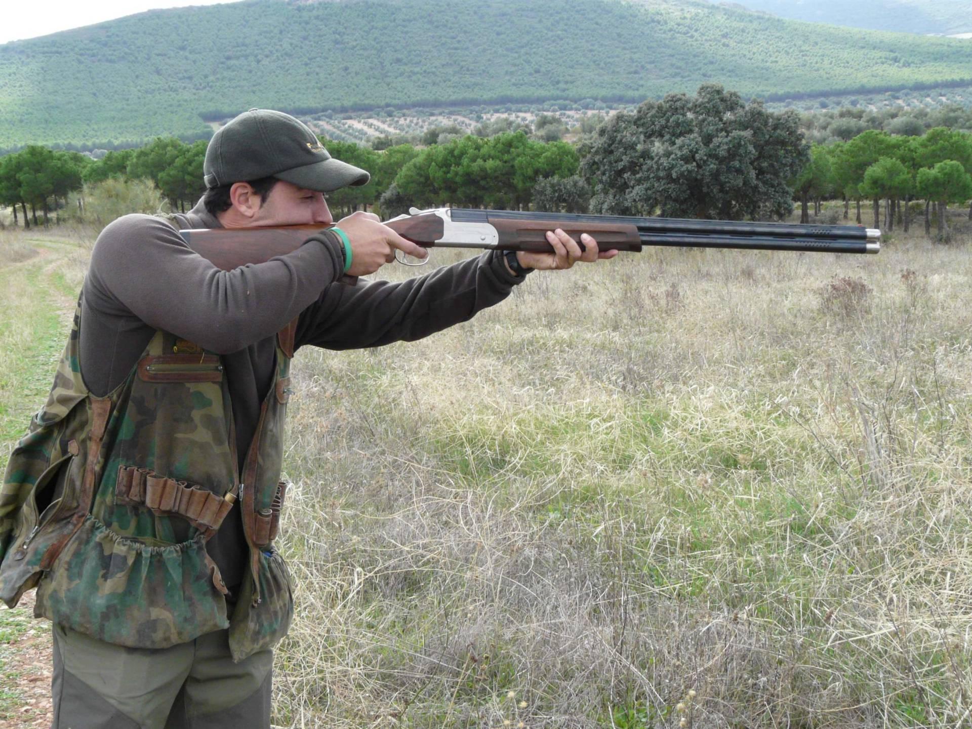 La ONC lamenta la prohibición de la caza en Albania