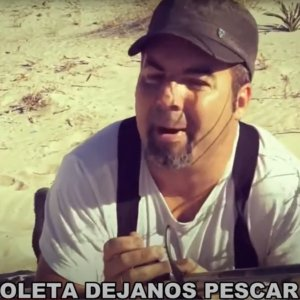 «Coleta, déjanos pescar» la simpática canción de un pescador a Pablo Iglesias