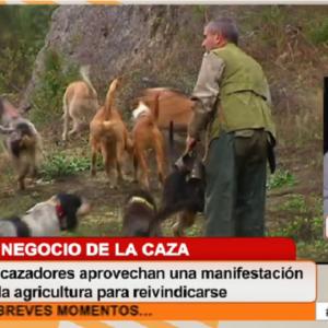 Ángel López tumba a una anticaza en Cuatro y el canal evita subir el vídeo a Internet
