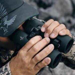 Swarovski EL Range TA: el primer prismático de caza que te ayuda en el pisteo