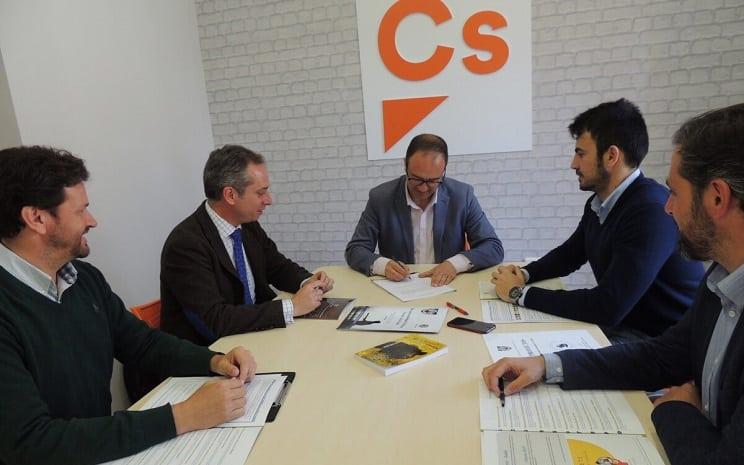 Ciudadanos rubrica su apoyo a la caza en Extremadura
