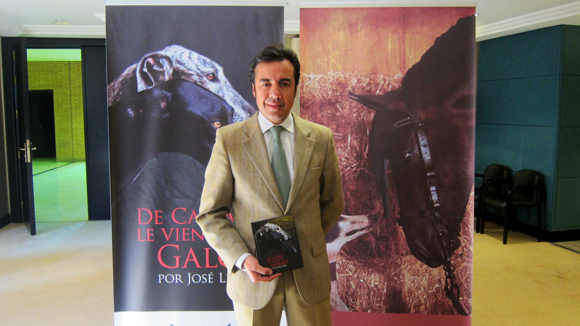 Nace 'De casta le viene al galgo', obra musical dedicada a este animal de José León