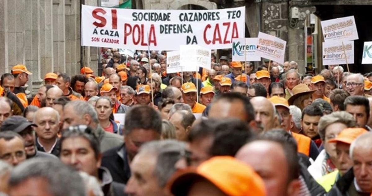 El sector rural gallego reivindica sus derechos manifestándose en Santiago