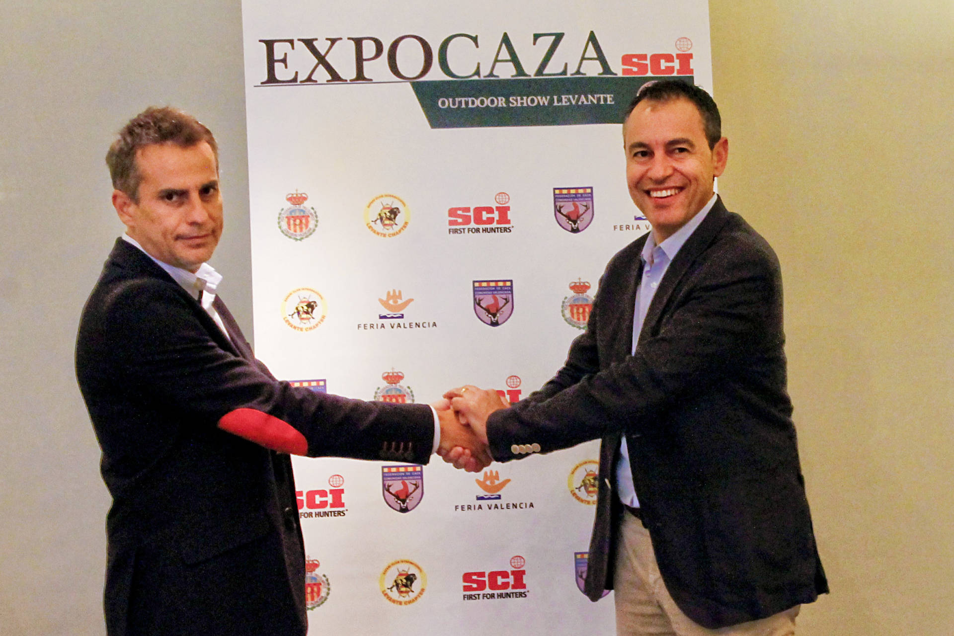 La Federación de Caza de la CV y Feria Valencia firman un convenio para impulsar Expocaza SCI