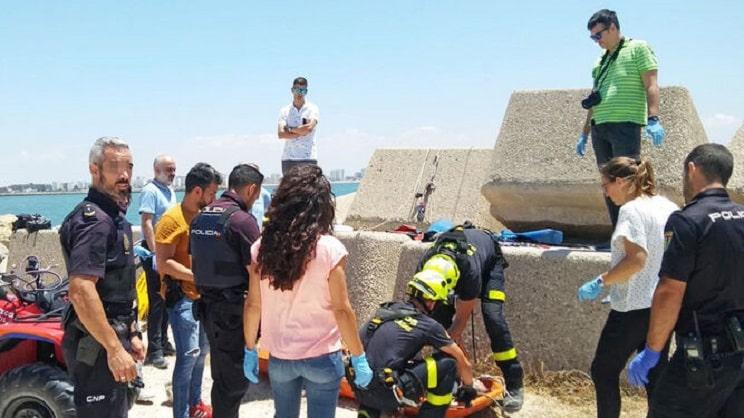 Muere un pescador tras caer en una zona de rocas de El Puerto de Santa María