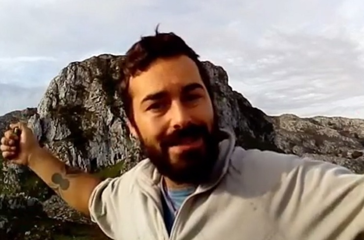 Nel Cañedo pulveriza al supuesto pastor de Lobo Marley en este vídeo
