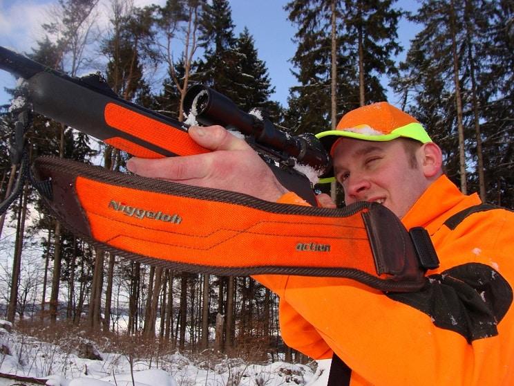 Niggeloh, líder global en correas, fundas y accesorios para caza