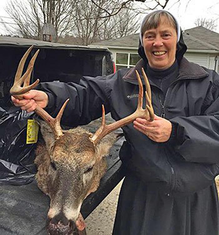 Pennsylvania-Nun-Kills-Buck-Deer-Photo2