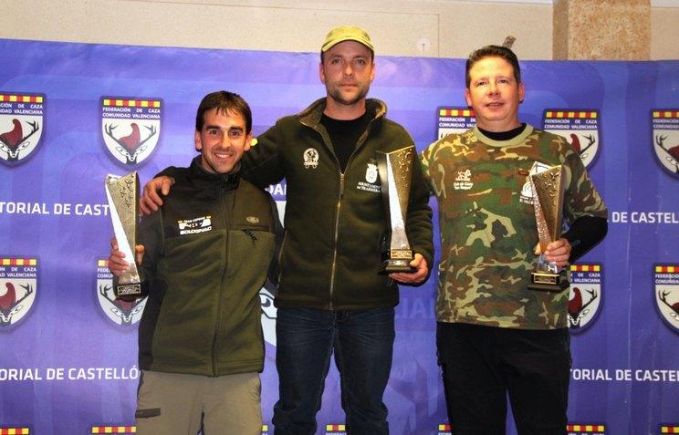 podium-ganadores-autonomico-de-becadas-cv