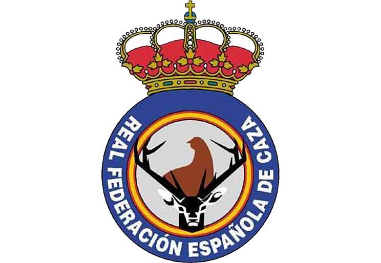 """La RFEC desmiente el bulo de que la caza está """"cerrada"""" en Castilla y León"""