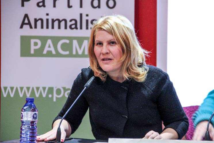 Así es la carta de dimisión de Silvia Barquero como presidenta de PACMA