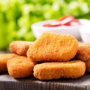 Una vegana denuncia a sus amigos por darle nuggets de pollo cuando estaba borracha