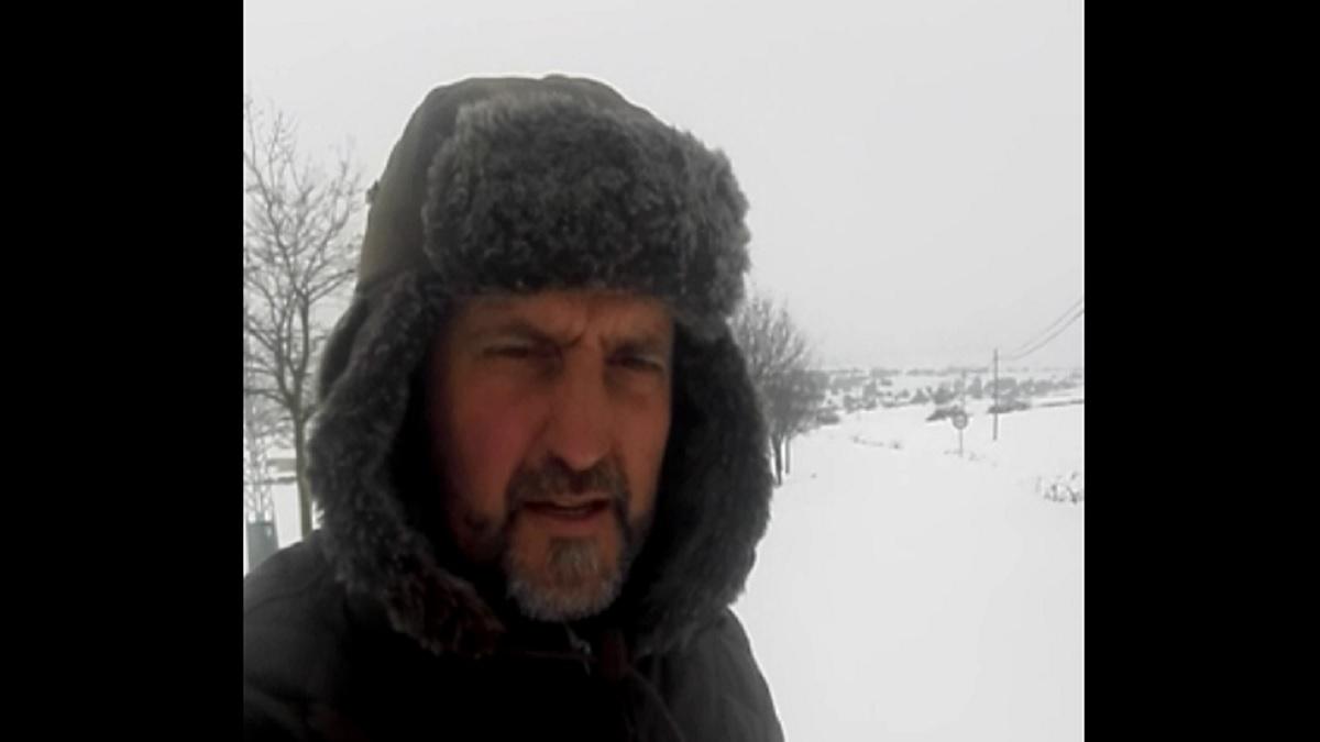 Un cazador estalla contra los políticos tras morir su perro debido al temporal