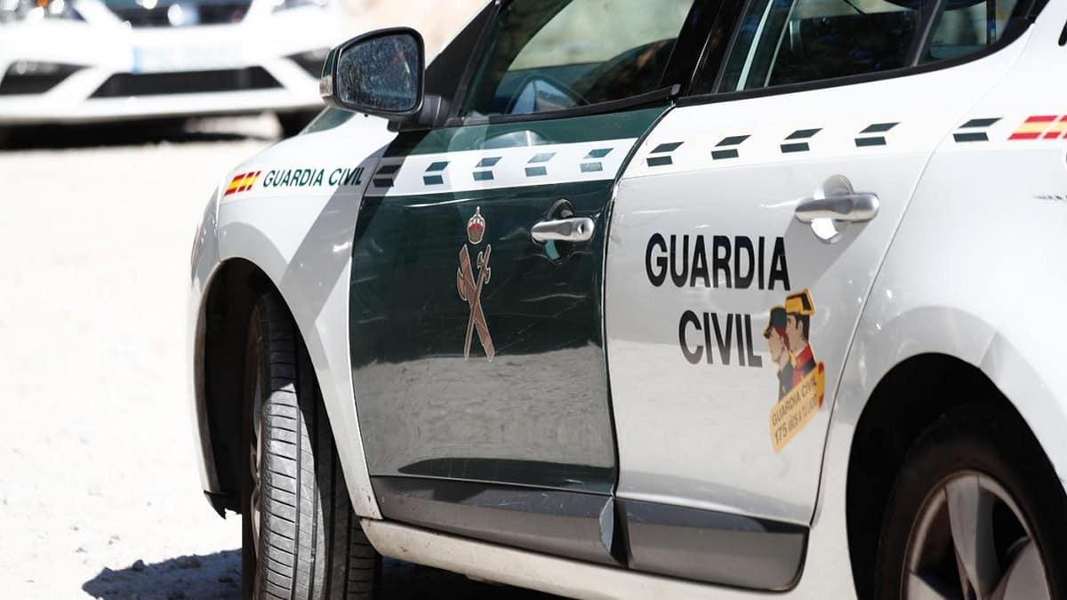 Rescatan a un cazador que cayó por un barranco de 300 metros en Sevilla
