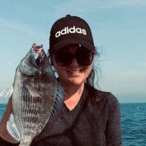 Amaia Montero muestra su orgullo de pescadora a través de las redes sociales