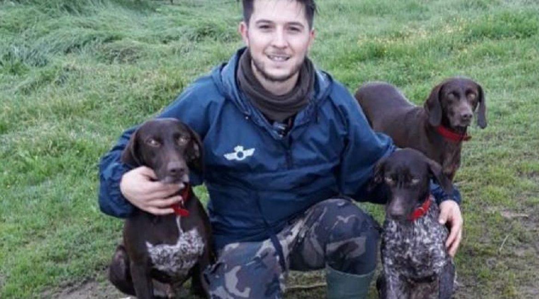 Llamamiento desesperado de un cazador por el robo de sus perros: «Uno de ellos necesita medicación diaria»