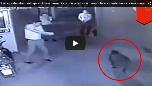 Un policía dispara accidentalmente a una mujer al intentar abatir un jabalí