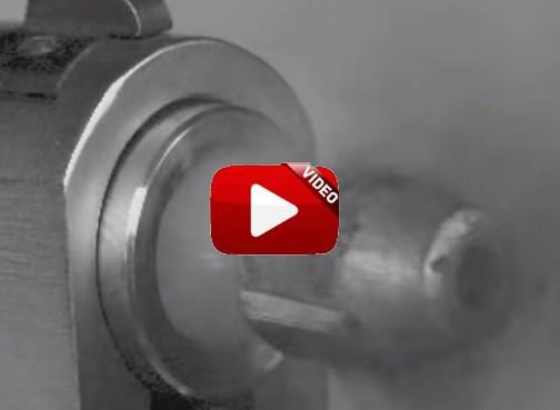 ¿Has visto una bala a cámara lenta a la salida de un cañón?