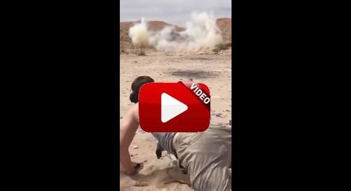 Un tirador obligado a esquivar una roca tras provocar una explosión