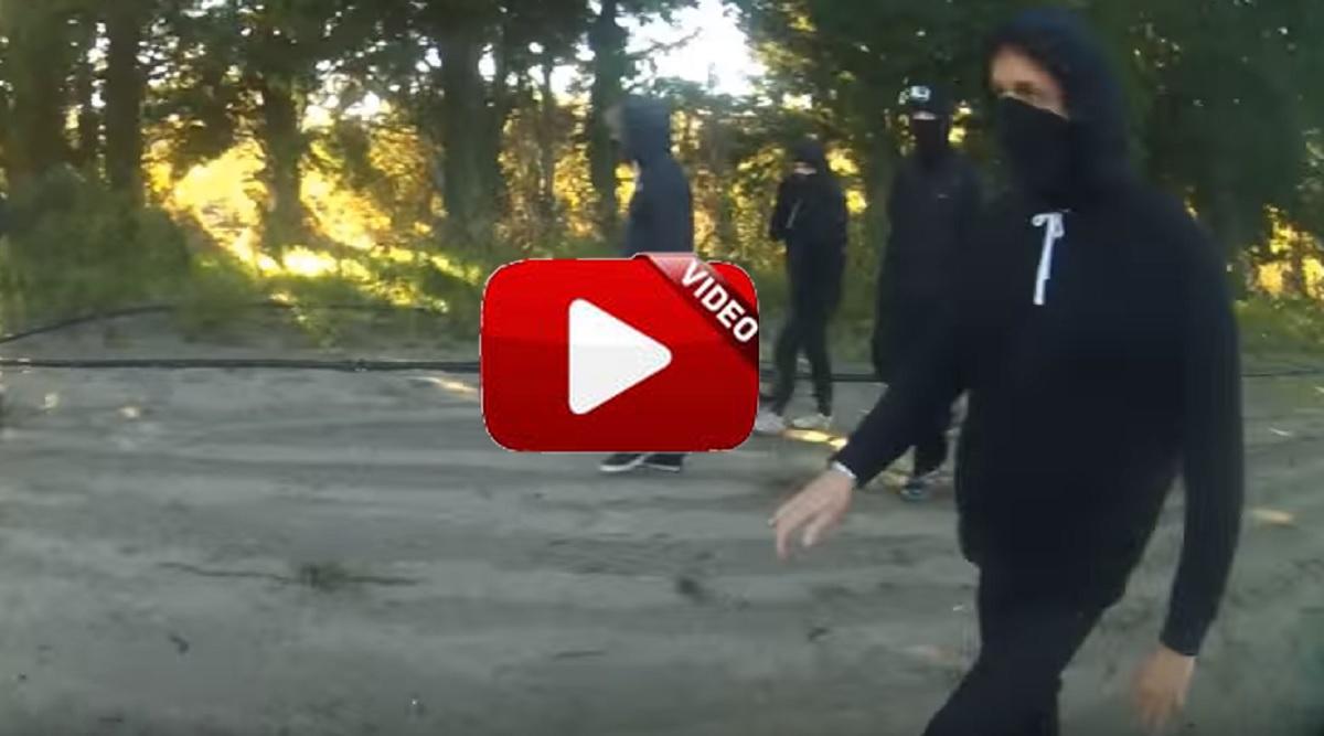 Un grupo animalista ataca a un cazador