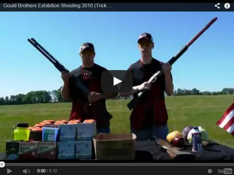 Impresionante exhibición de tiro de los 'Gould Brothers'