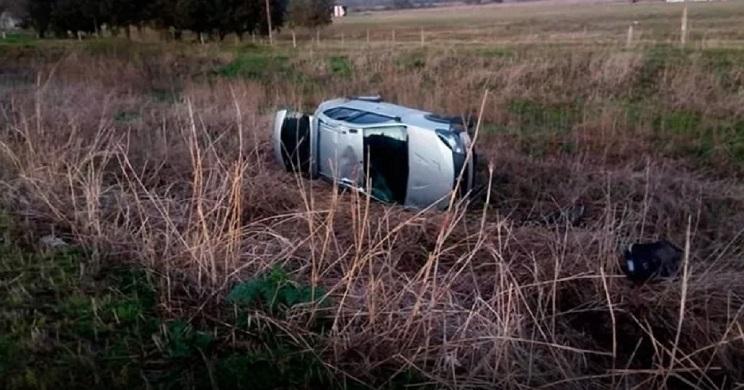 accidente coche al esquivar a una liebre