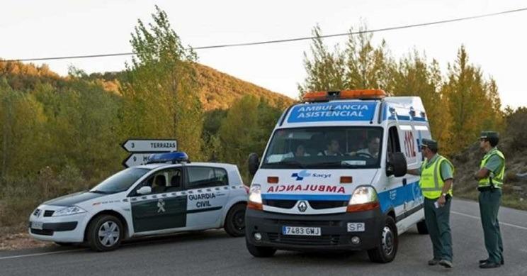 Servicios sanitarios asisten al lugar de un accidente. / Imagen de archivo