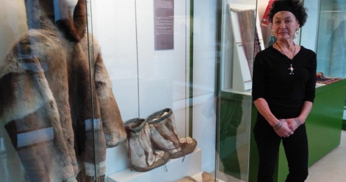 La abogada y activista inuit Aaju Peter en el Museo de Antropología de Madrid. EFE/Lourdes Uquillas