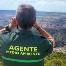 Denuncian a un agente medioambiental por fotografiar el DNI de un cazador: podría ser multado con 300.000 euros