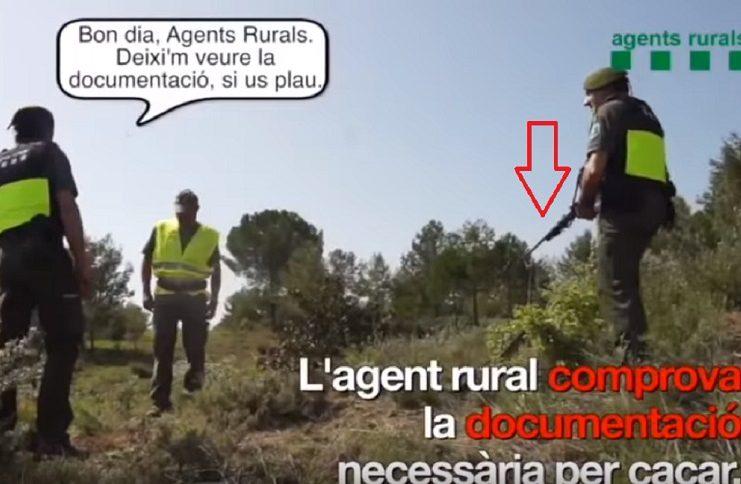 agentes rurales de cataluña inspeccionarán armados a los cazadores